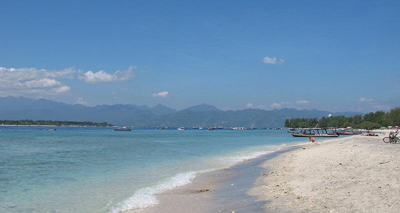 Viajar a las Islas Gili - Playa de Trawagan